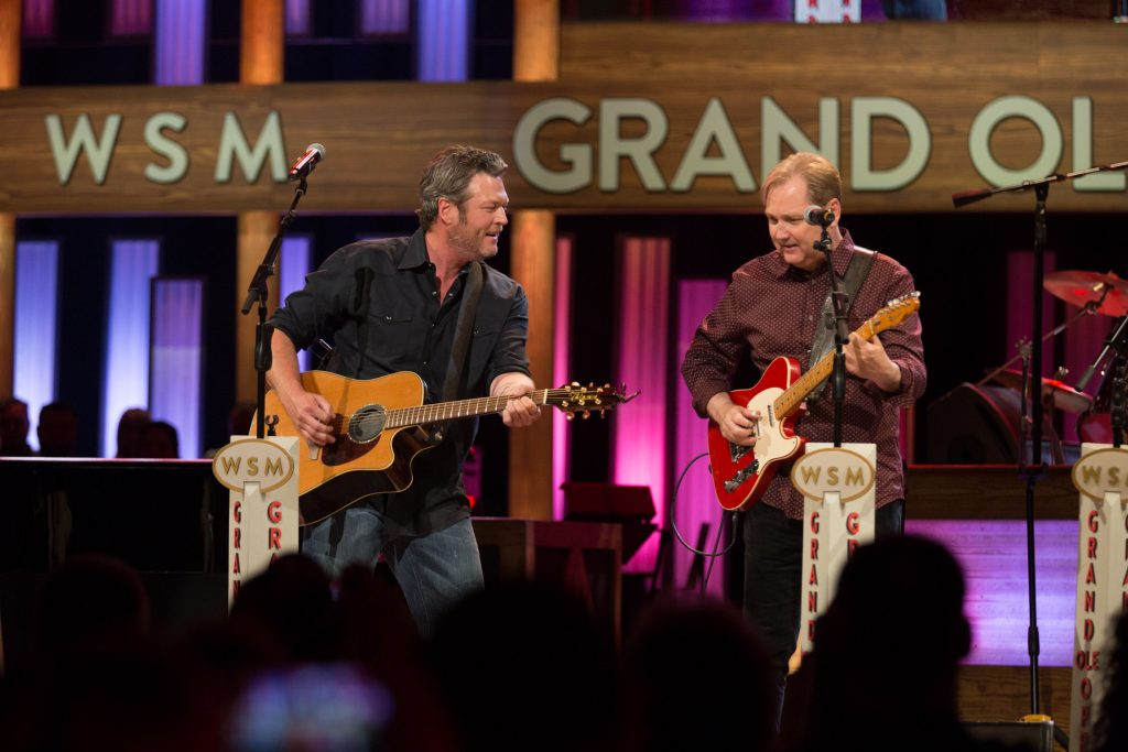 Blake Shelton performs with Steve Wariner at The Grand Ole Opry on Country Music News Blog.
