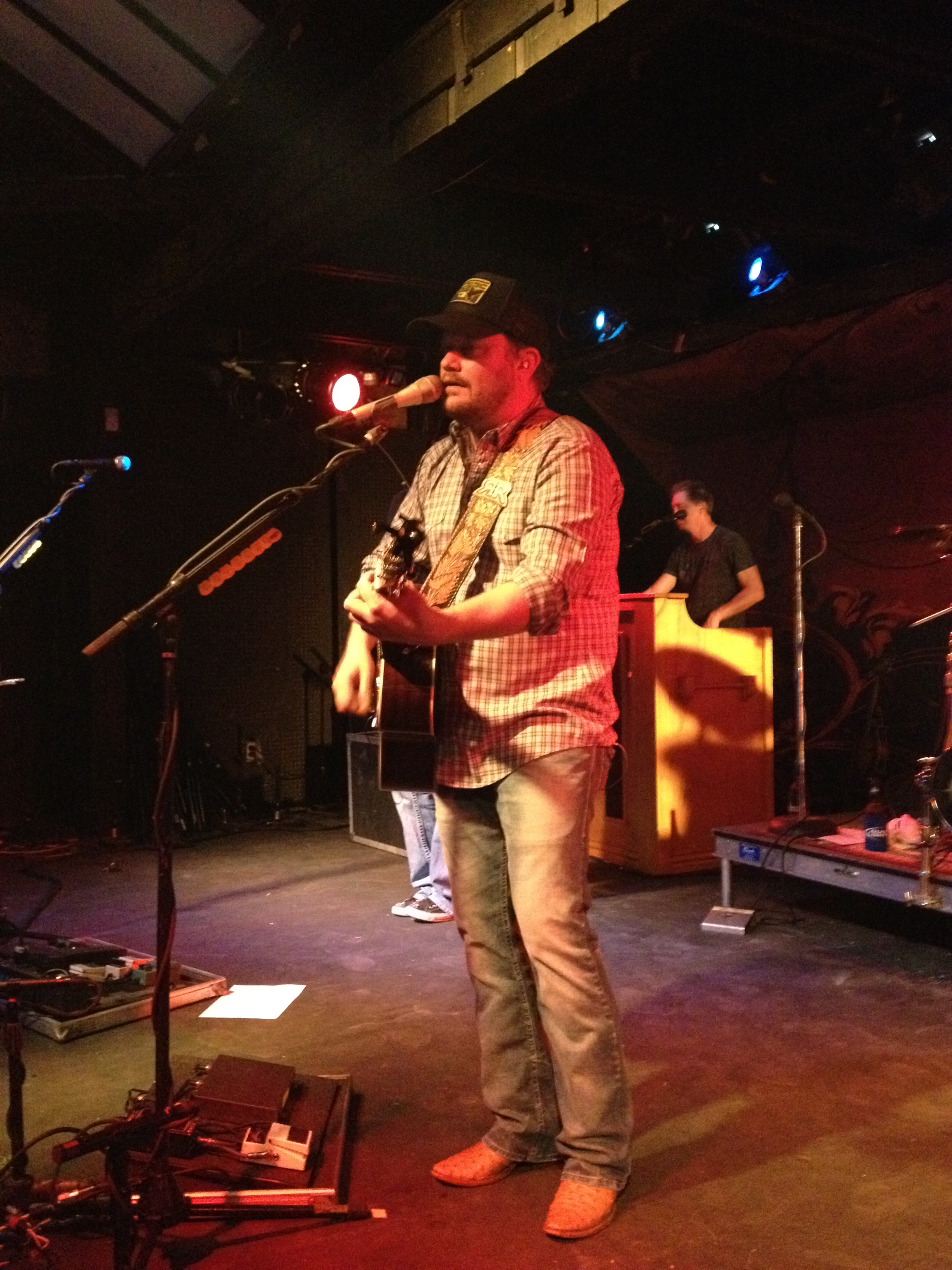 Randy Rogers on Country Music News Blog